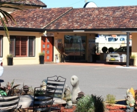 Quality Inn Country Plaza Queanbeyan - Queanbeyan - Sunshine Coast Tourism