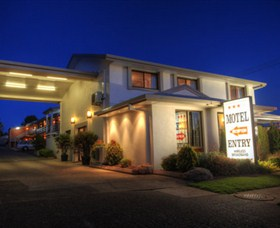 Apple and Grape Motel - Sunshine Coast Tourism