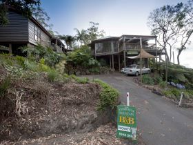 Tamborine Mountain Bed and Breakfast - Sunshine Coast Tourism