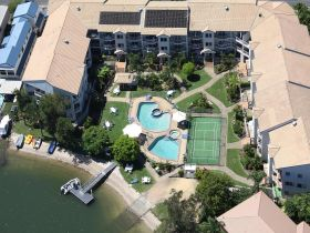 Pelican Cove Apartments - Sunshine Coast Tourism