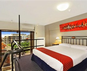 Metro Apartments on Darling Harbour - Sunshine Coast Tourism