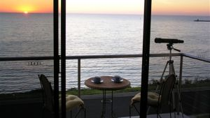 Clifftop Accommodation Portland Victoria - Sunshine Coast Tourism