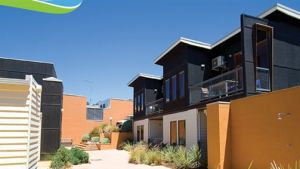 Lornebeach Apartments - Sunshine Coast Tourism