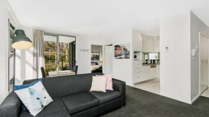 Canberra Furnished Accommodation - Sunshine Coast Tourism