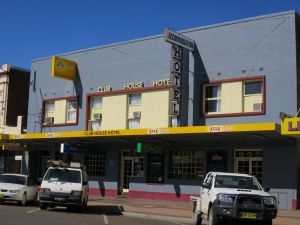 Club House Hotel Gunnedah - Sunshine Coast Tourism