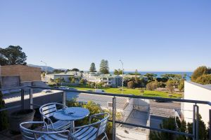 Phoenix Apartments - Sunshine Coast Tourism