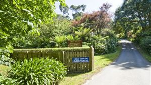 Great Ocean Road Cottages  Backpackers - Sunshine Coast Tourism