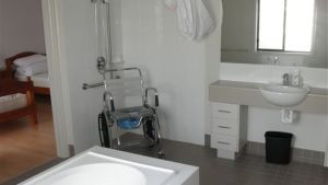 Frankston Accessible Holiday House - Sunshine Coast Tourism