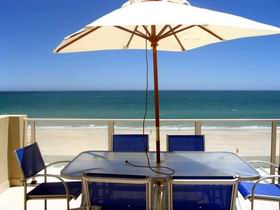 Adelaide Luxury Beach House - Sunshine Coast Tourism
