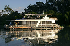 Whitewater Houseboat - Sunshine Coast Tourism