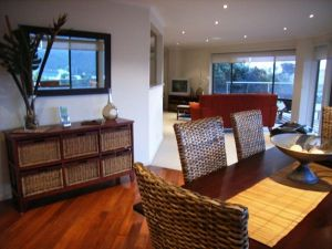 C-Deck Beach House Apartment - Sunshine Coast Tourism