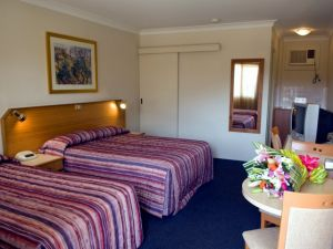 Narellan Motor Inn - Sunshine Coast Tourism