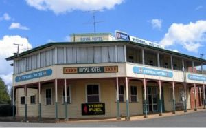 Royal Hotel Mundubbera - Sunshine Coast Tourism