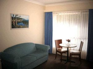 Victoria Lodge Motor Inn  Serviced Apartments - Sunshine Coast Tourism
