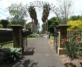 Friends of Geelong Botanic Gardens - Sunshine Coast Tourism