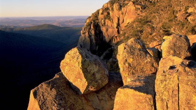 Booroomba Rocks - Sunshine Coast Tourism