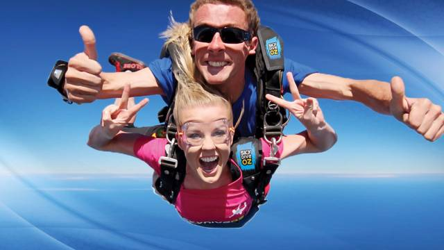 Skydive Oz Canberra - Sunshine Coast Tourism