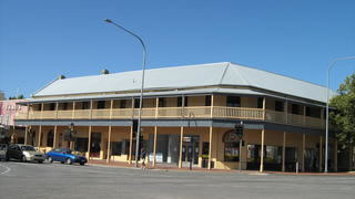 Colac Hotel - Sunshine Coast Tourism