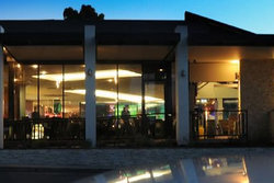 Modbury Plaza Hotel - Sunshine Coast Tourism