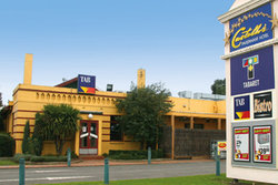 Castello's at Pakenham - Sunshine Coast Tourism