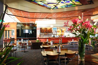 Matthew Flinders Hotel - Sunshine Coast Tourism