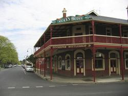 Ryans Hotel - Sunshine Coast Tourism