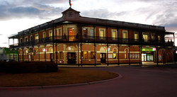 The Grand Terminus Hotel - Sunshine Coast Tourism
