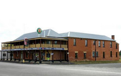 Bundarra Hotel - Sunshine Coast Tourism