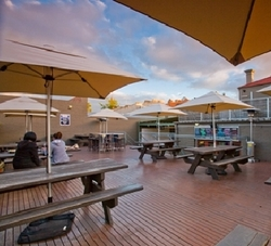 The Hawthorn Hotel - Sunshine Coast Tourism