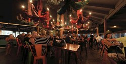 Clancys Fish Pub - City Beach - Sunshine Coast Tourism