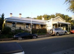 Earl of Spencer Historic Inn - Sunshine Coast Tourism
