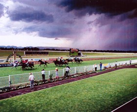 Hawkesbury Race Club - Sunshine Coast Tourism