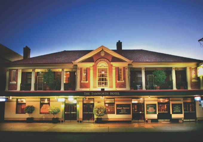 Tom Price Hotel - Sunshine Coast Tourism