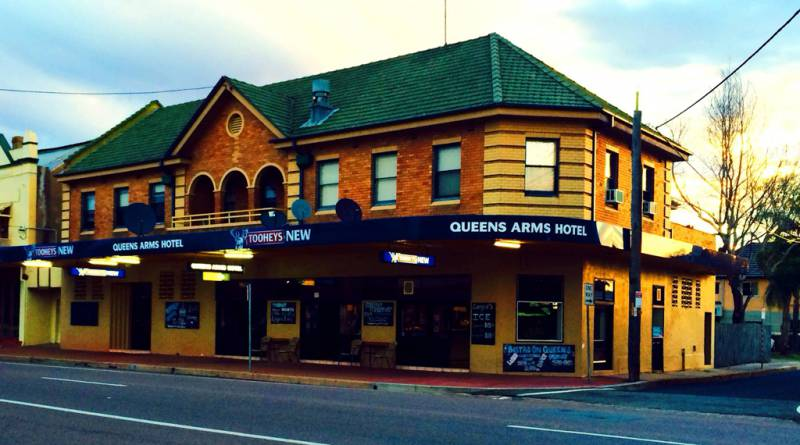 Queens Arms Hotel - Sunshine Coast Tourism