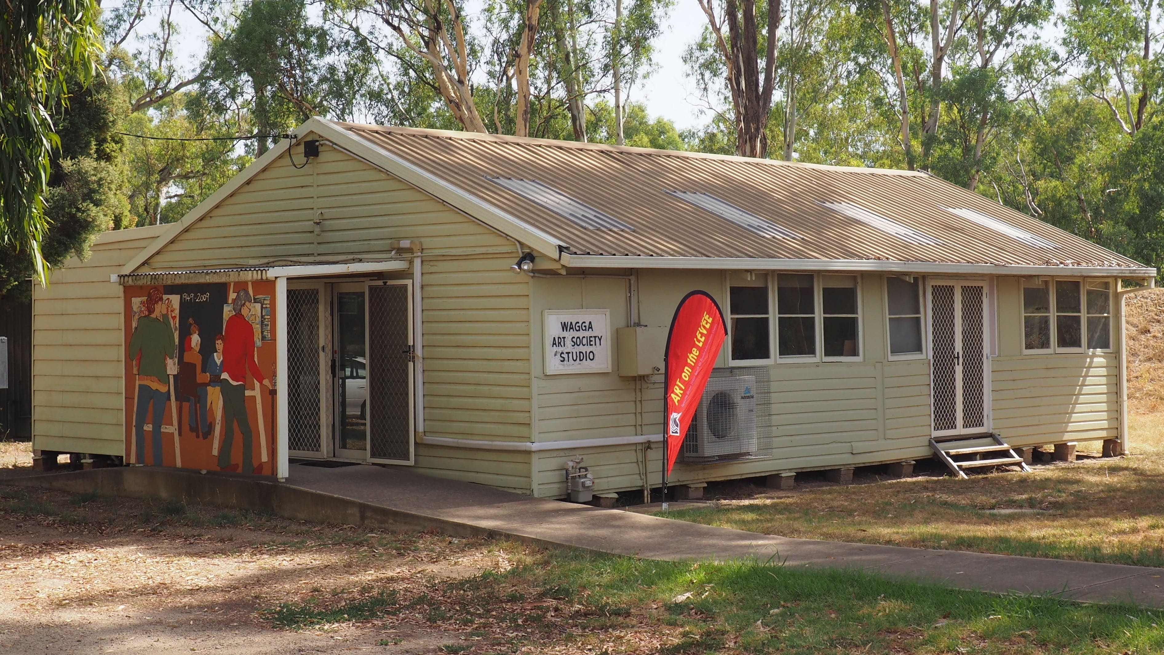 Open Studio Gallery - Sunshine Coast Tourism