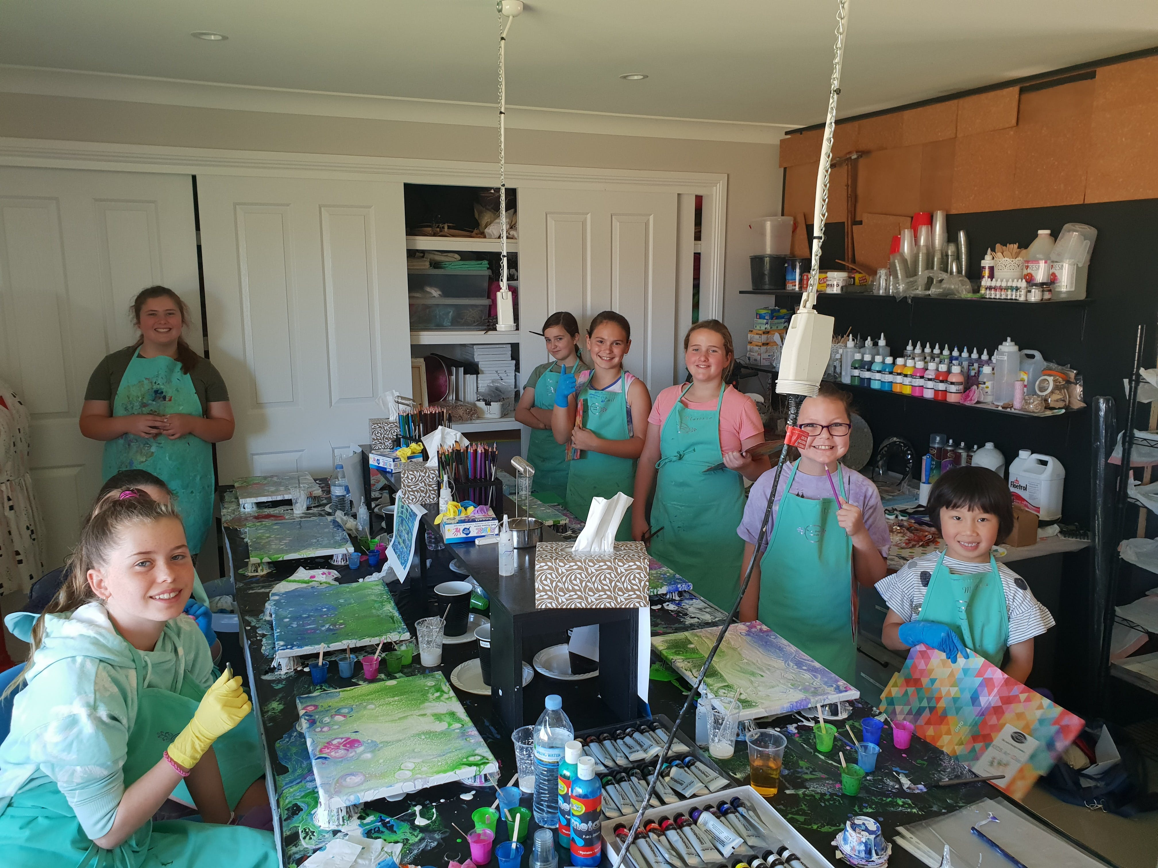 School holidays - Kids art class - Painting - Sunshine Coast Tourism