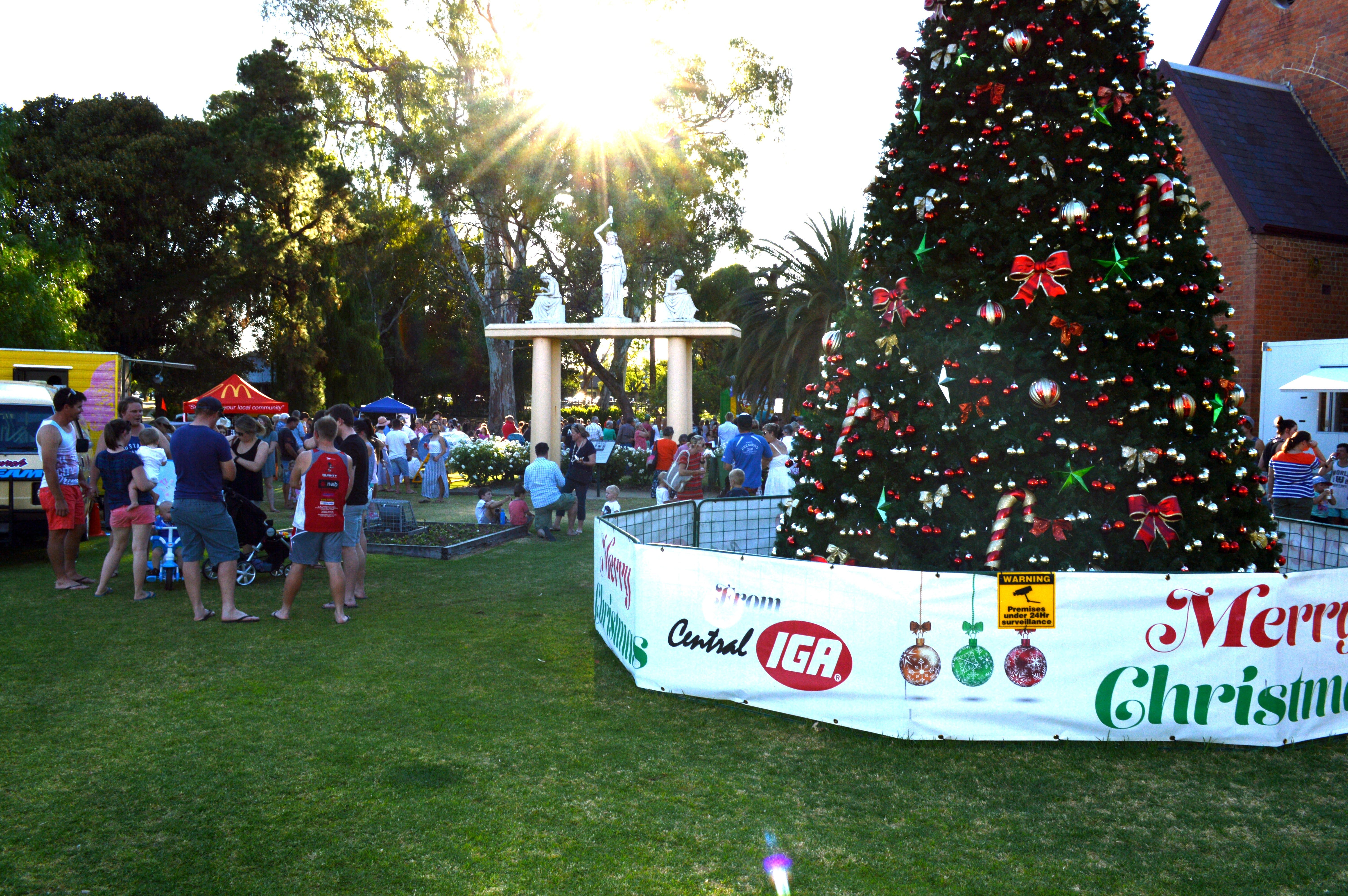 Community Christmas Party and Carols by Candlelight - Sunshine Coast Tourism