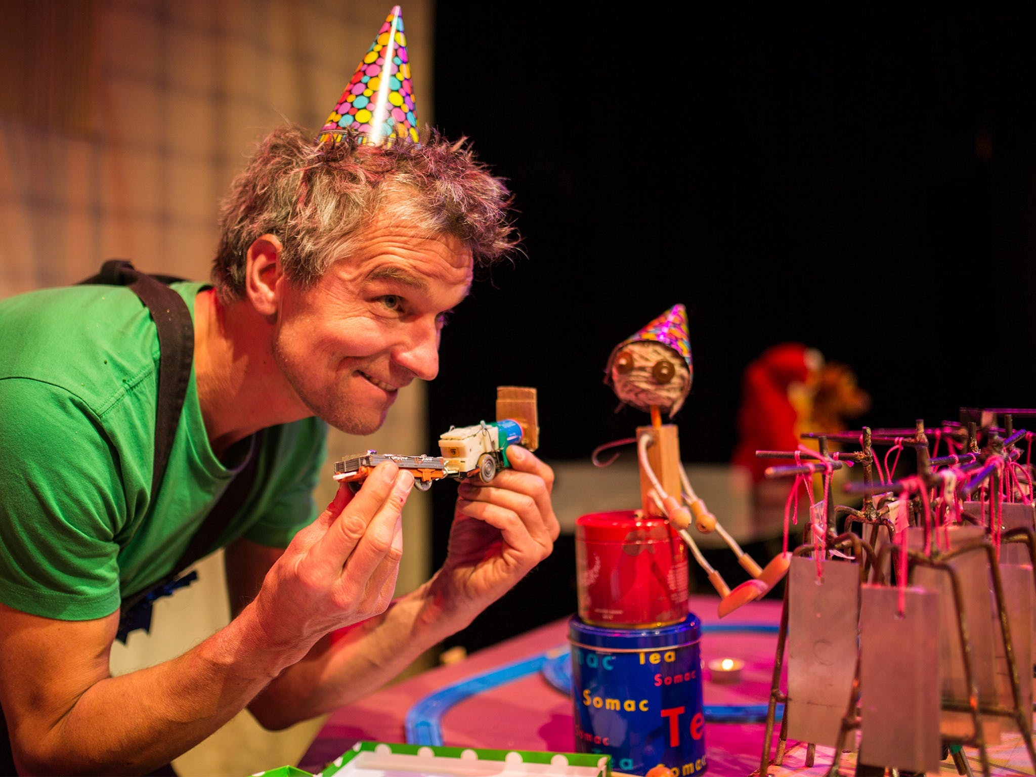 Loose Ends - Sunshine Coast Tourism
