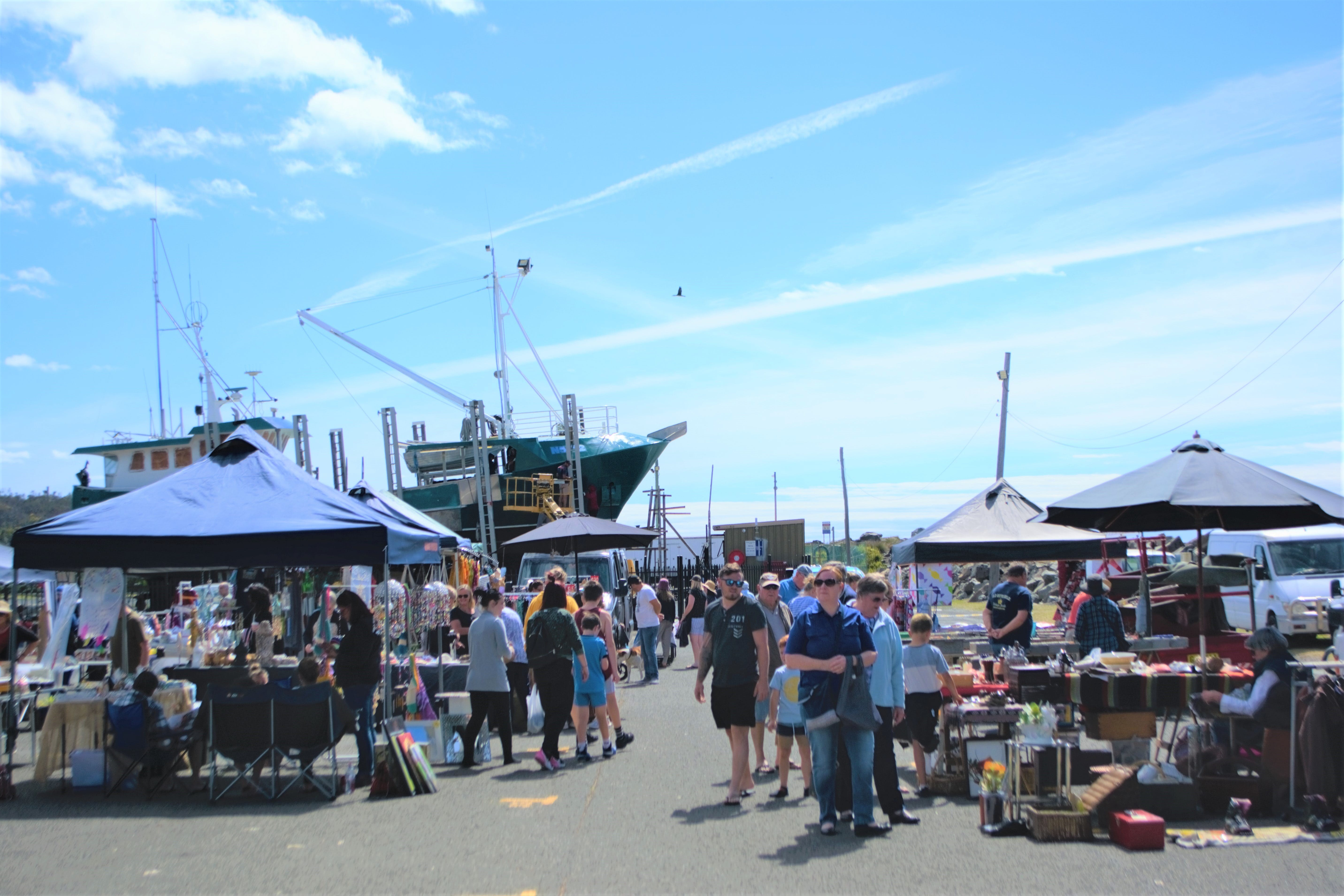 Marine Rescue Ulladulla Wharf Markets - Sunshine Coast Tourism