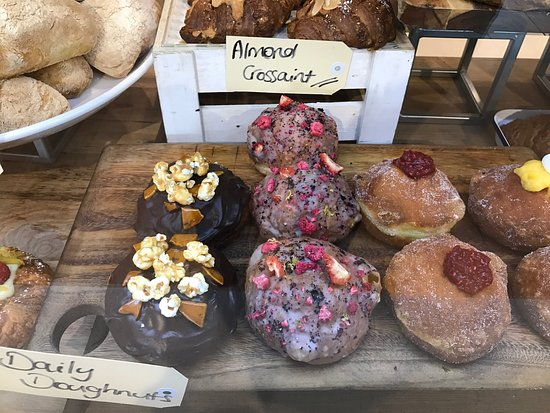The Hamptons Bakery Hampton - Sunshine Coast Tourism