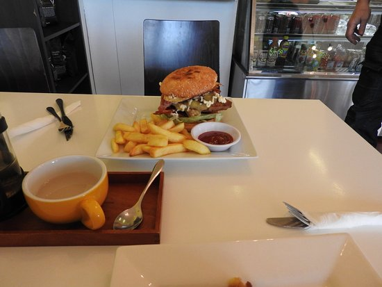 Brya's Cafe - Sunshine Coast Tourism