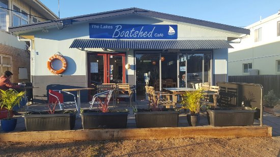 The Lakes Boatshed Cafe - Sunshine Coast Tourism