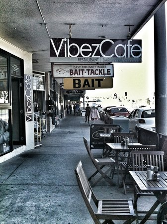 Vibez Cafe and Wine bar - Sunshine Coast Tourism