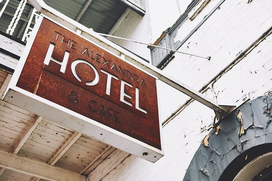 Alexandra Hotel and Cafe - Sunshine Coast Tourism