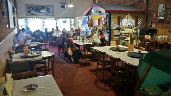 Flam Shan Chinese Restaurant - Sunshine Coast Tourism