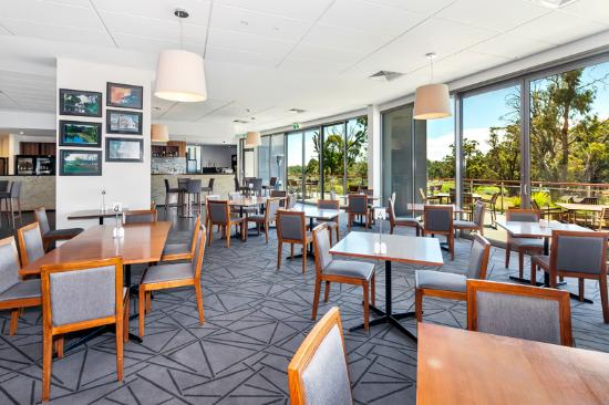 Springs Bar and Terrace - Sunshine Coast Tourism