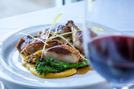 Restaurant Merlot at Linden Warrah - Sunshine Coast Tourism