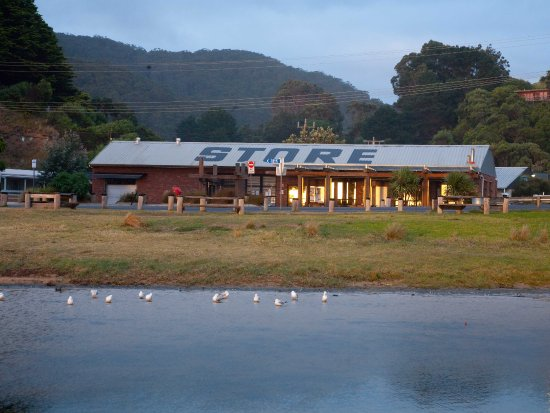 Wye General Store and Cafe - Sunshine Coast Tourism
