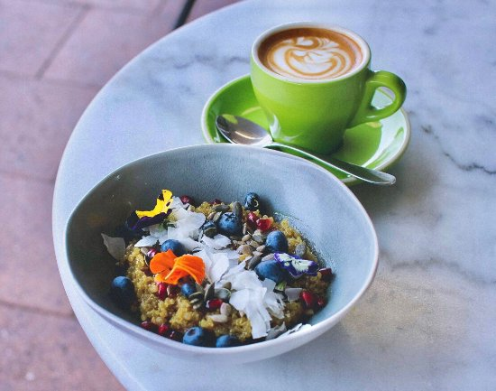 MR O Kitchen Espresso Grocer - Sunshine Coast Tourism