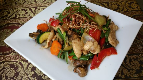 Smile Elephant Thai Restaurant - Sunshine Coast Tourism